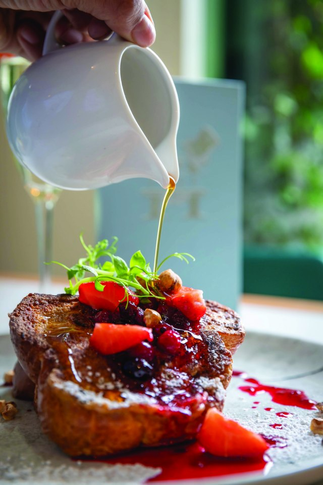 Breakfast and Brunch in Galway City at Hyde Bar & Gin Parlour Galway